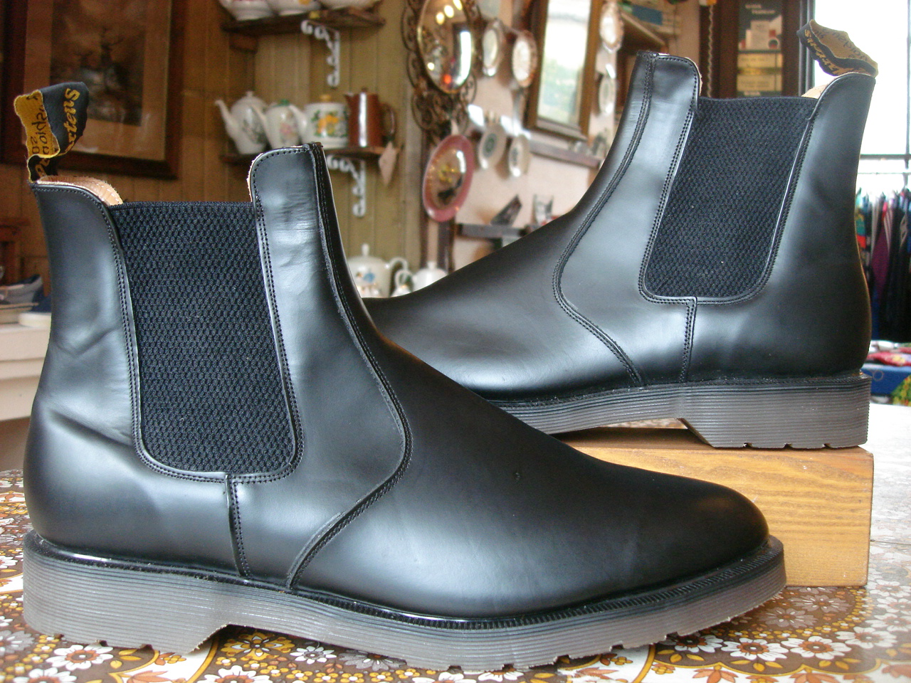 theothersideofthepillow vintage dr martens black dealer boot uk12 chelsea boot made in england. Black Bedroom Furniture Sets. Home Design Ideas