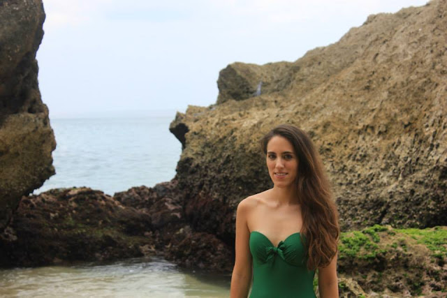 swimwear bloggers