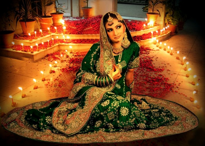 Fashion world latest fashion pakistan traditional dresses - Impressive Green Lehenga For Brides 2012 Latest Arrivals