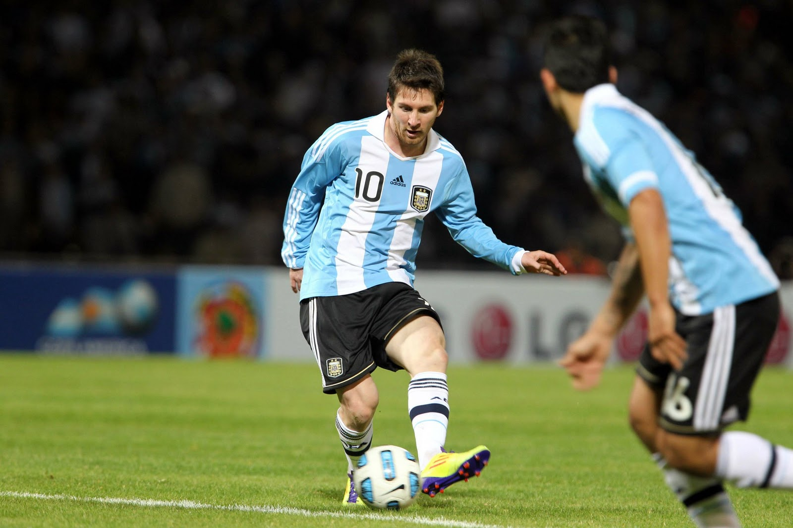 Messi is Argentina Best Athlete 2011
