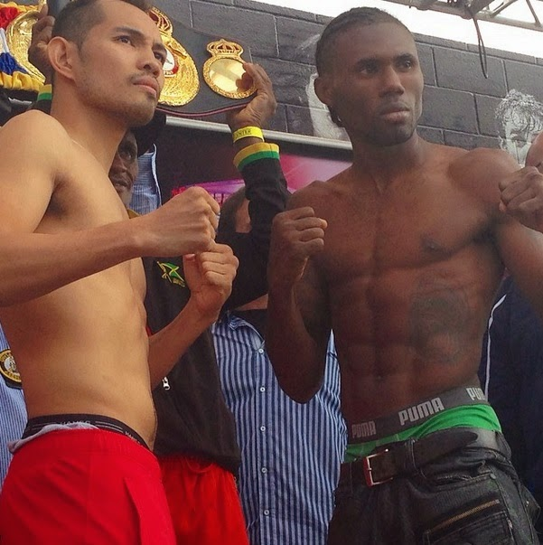 Donaire and Walters battle for WBA featherweight title