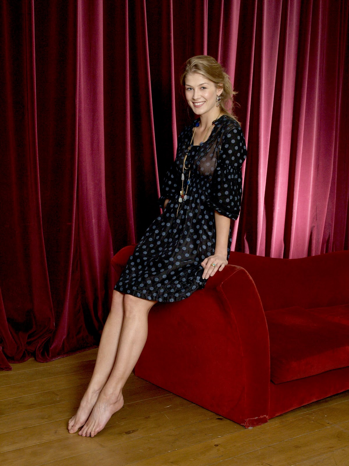 Rosamund Pike Pictures Gallery 5 Film Actresses