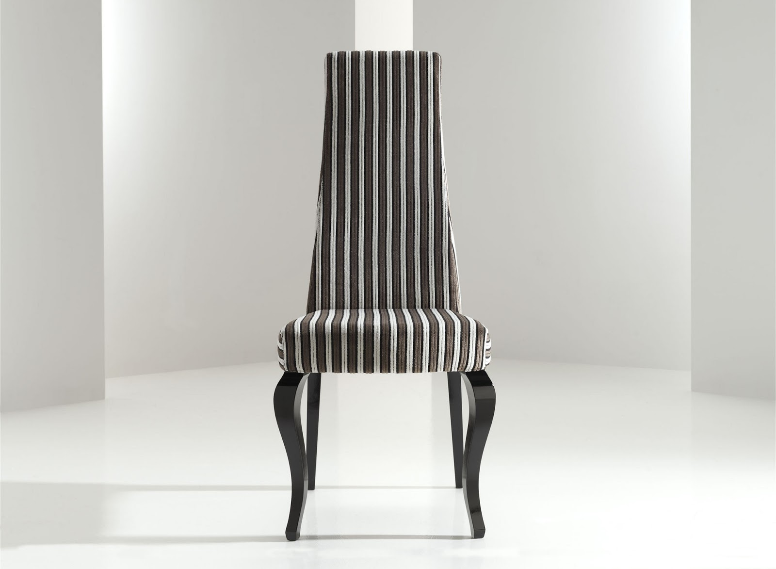 Decorando dormitorios lindas sillas de comedor tapizadas for Sillas comedor