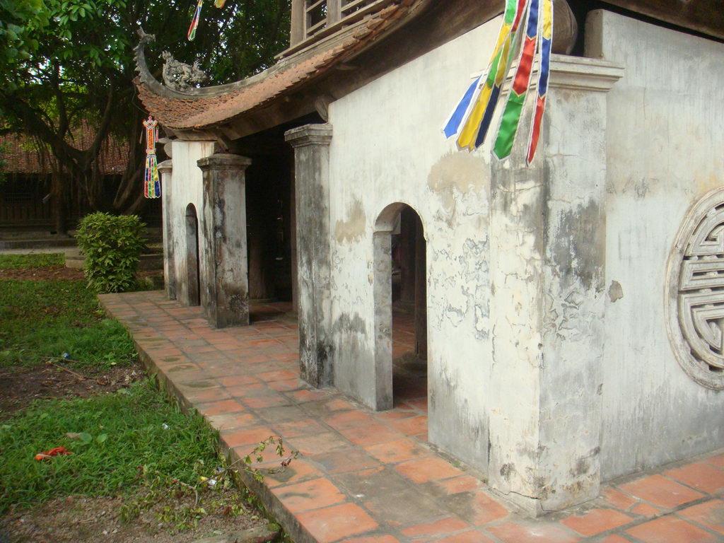 Tham quan chùa Bút Tháp, Bắc Ninh