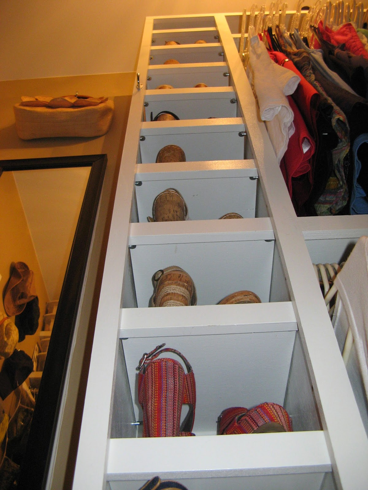 14 Closet Organizing Tips - SHOE STORAGE