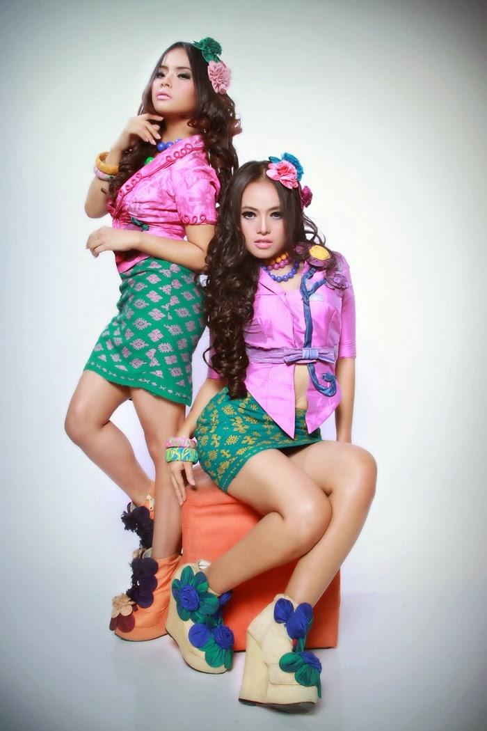 foto cantik duo sabun colek mas boo rooms