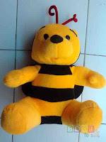 Boneka Pooh Bee