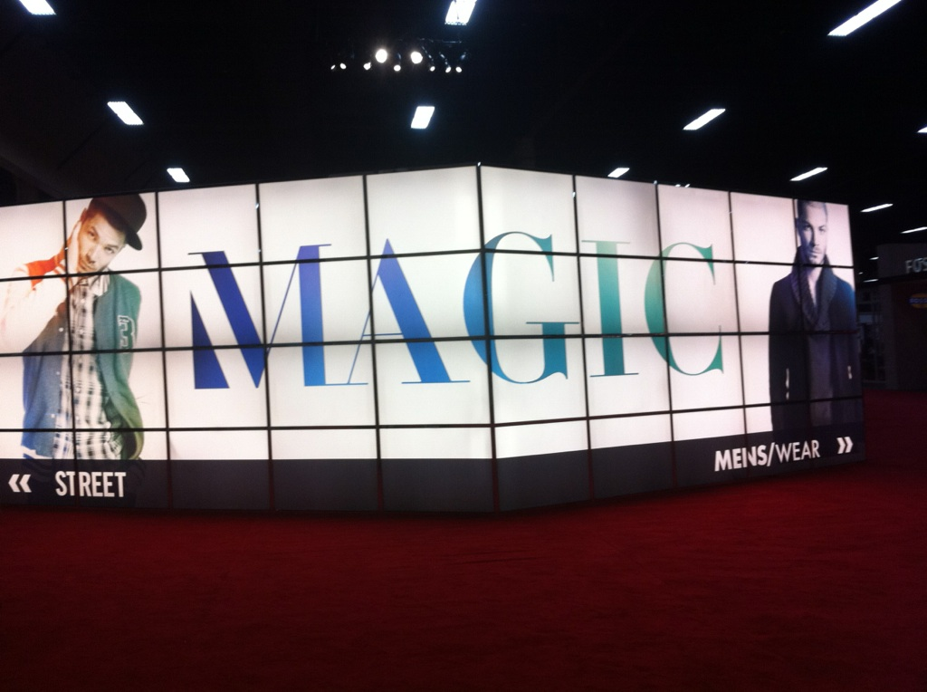 Magic las vegas fuze it worldwide for Pool trade show magic