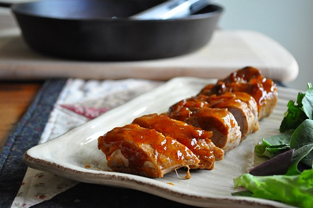 ... Chronicles from a Vermont foodie: Pork Loin with Spicy Apricot Glaze
