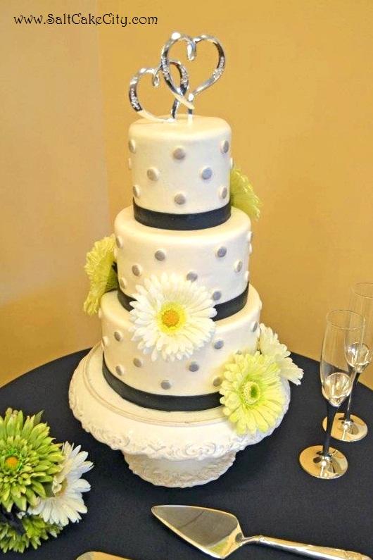 Salt Cake City: Mini Wedding Cake