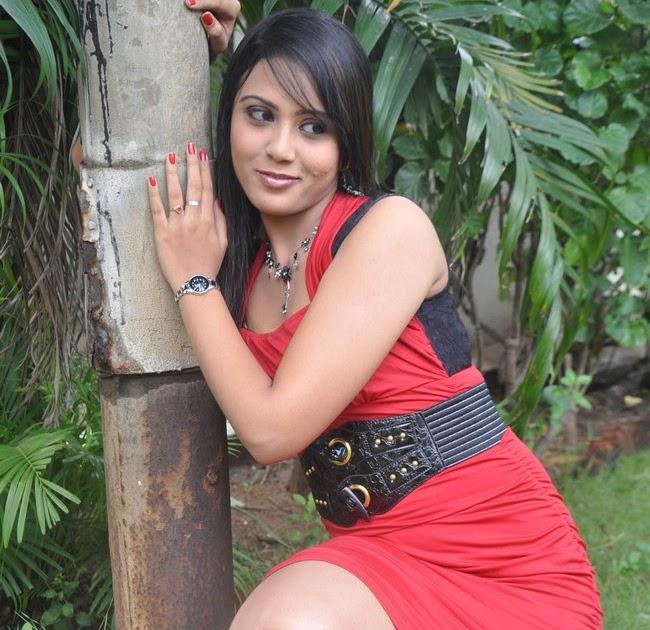 Darshana Actress HD photos,images,pics and stills