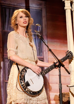 Banjo banjo chords mean taylor swift : Taylor Swift plays banjo at the Grammy's - Discussion Forums ...