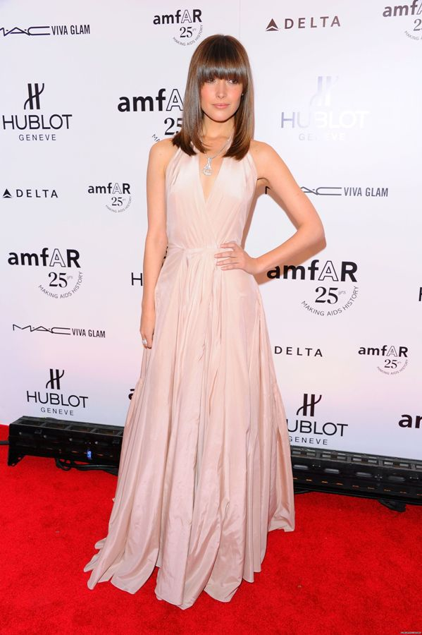 rose byrne red carpet. hot rose byrne red carpet.