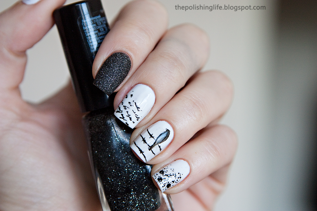 The 31 Day Challenge - Day 7 - Black & White Nails