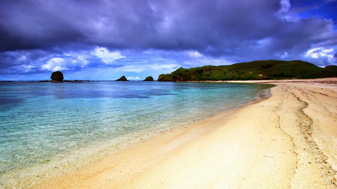 Tempat Wisata Pilihan Pantai Kuta Lombok