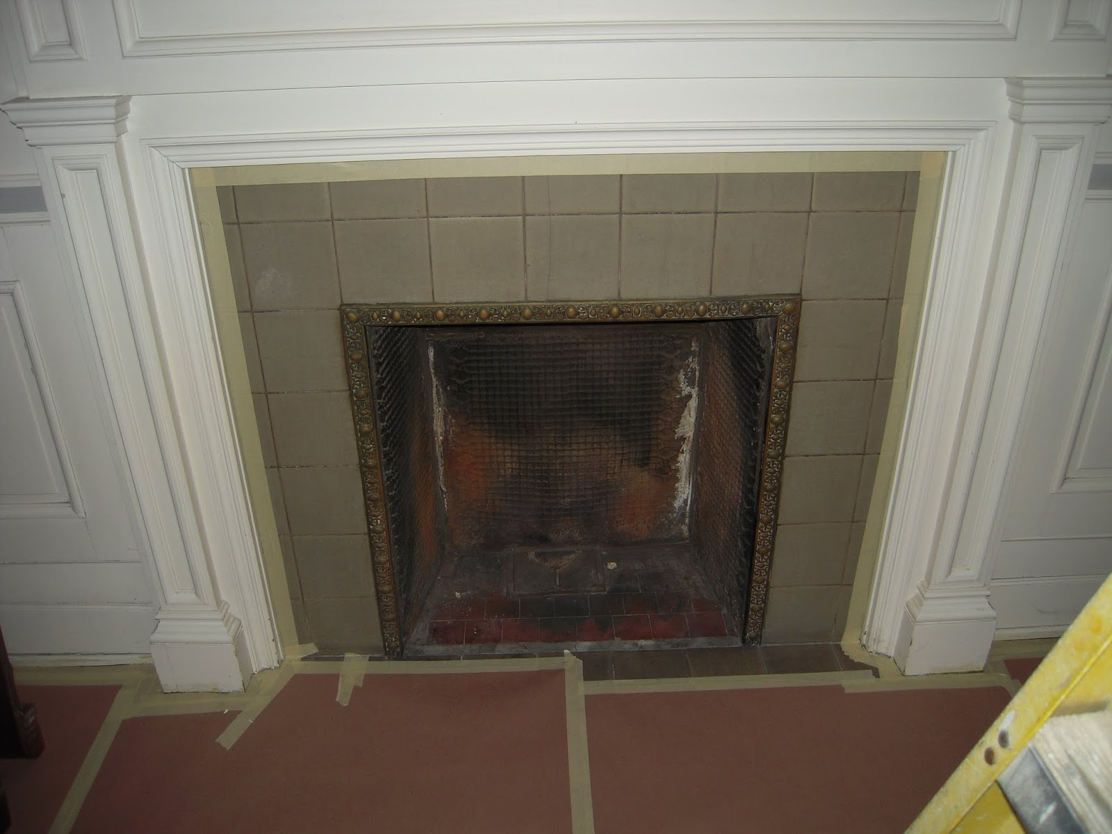 Fix farrington dining room fireplace for Dining room with fireplace