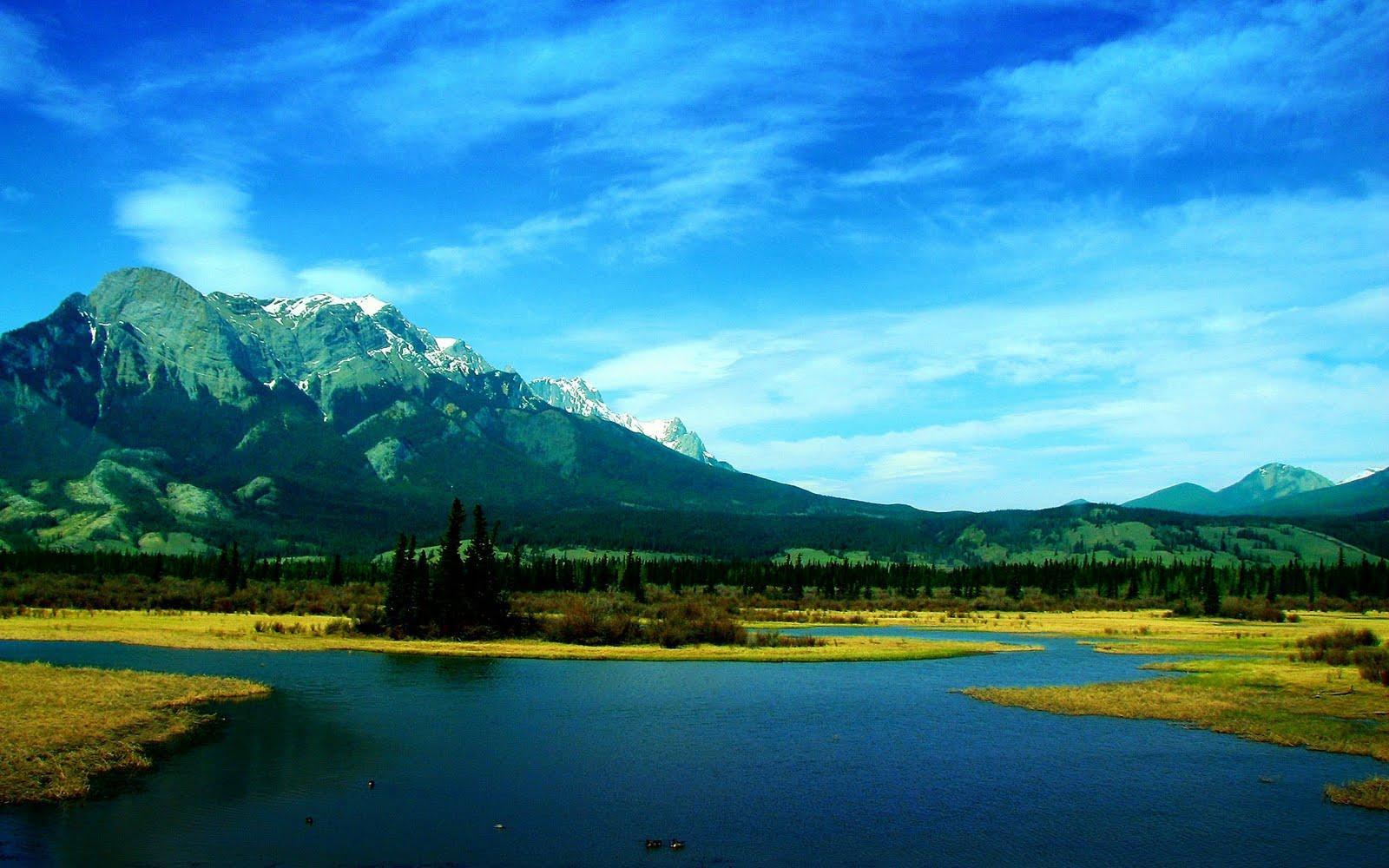 http://3.bp.blogspot.com/-5RStWoHkkO4/TdTBumC5qqI/AAAAAAAAAE8/CU6YSK5fAAc/s1600/beautiful_lake_wallpaper.jpg