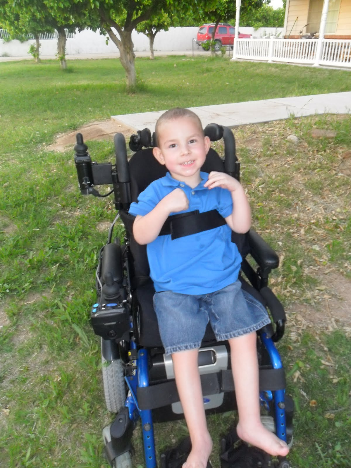 Power wheelchair kids - Bryce Already Enjoys His New Independence He Can Actually Get Out And Play With The Other Kids It Makes A Mom S Heart Happy