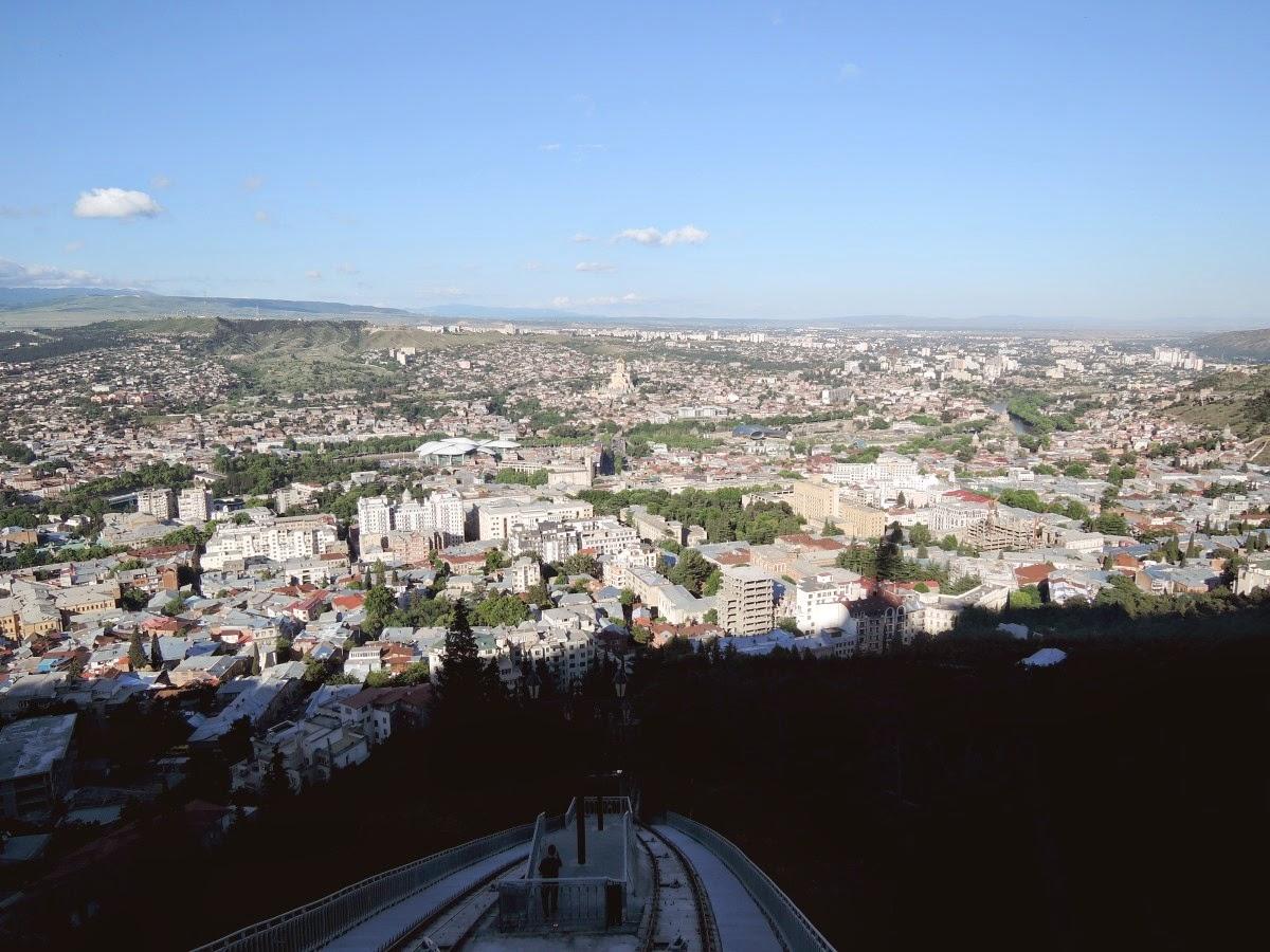 Тбилиси вид с горы Мтацминда