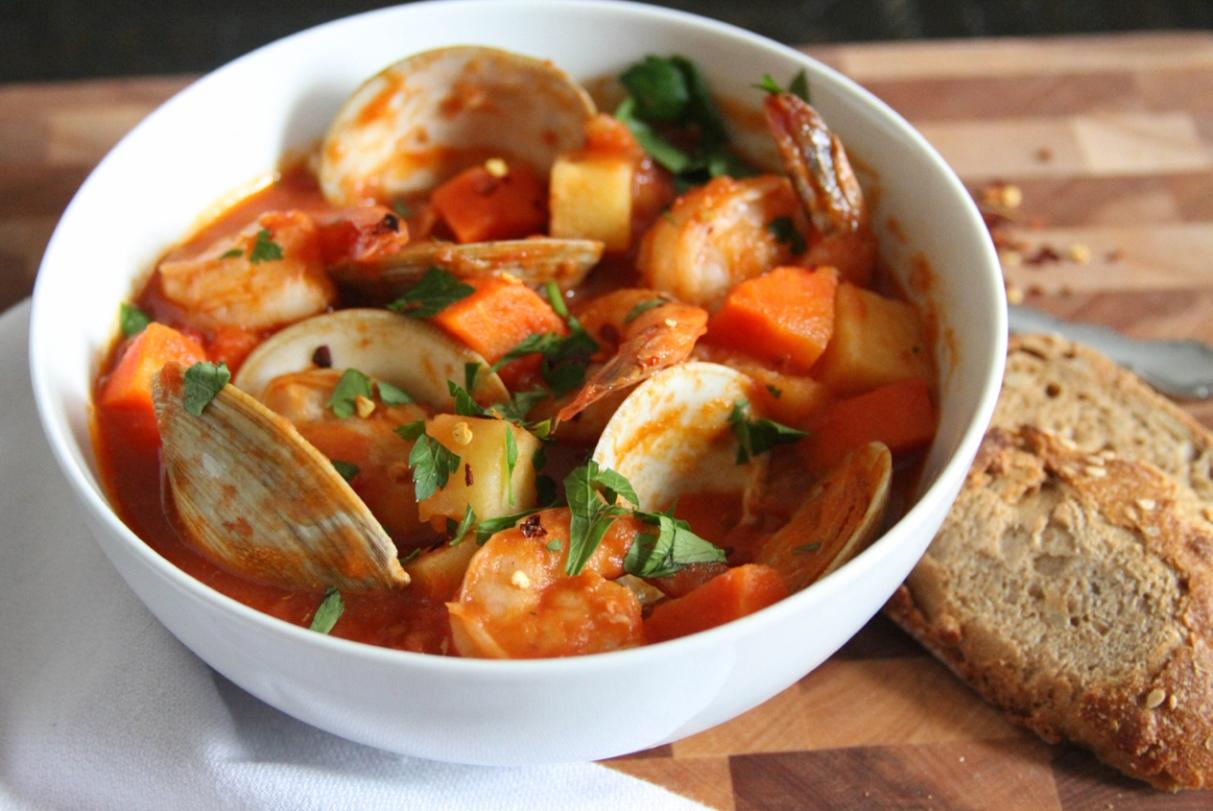Sopa de Mariscos Spanish Seafood Soup Food Recipe : Sopa2Bde2BMariscos from www.foodsweety.com size 1213 x 811 jpeg 543kB
