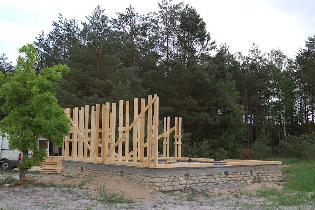 Konstrukcja-domu-z-gliny