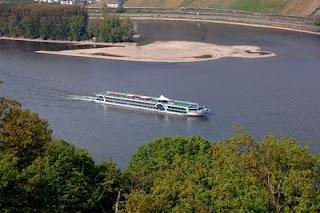 Schifffahrt Rhein, Rheinschifffahrt, Bootsfahrt auf dem Rhein, Passagierschiff, Boot fahren, Fahrgastschiff