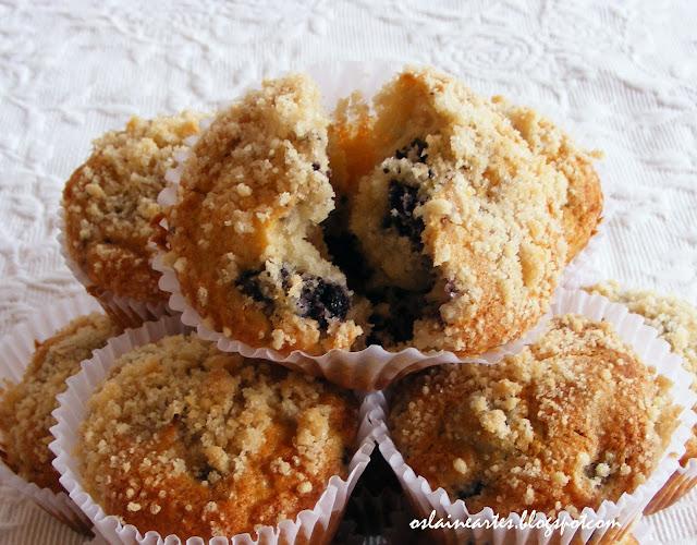 Muffins de Amora com Cobertura Crocante