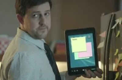 tablet vs. papel higienico comercial gracioso