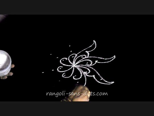 easy-rangoli-kolam-using-dots-3.jpg