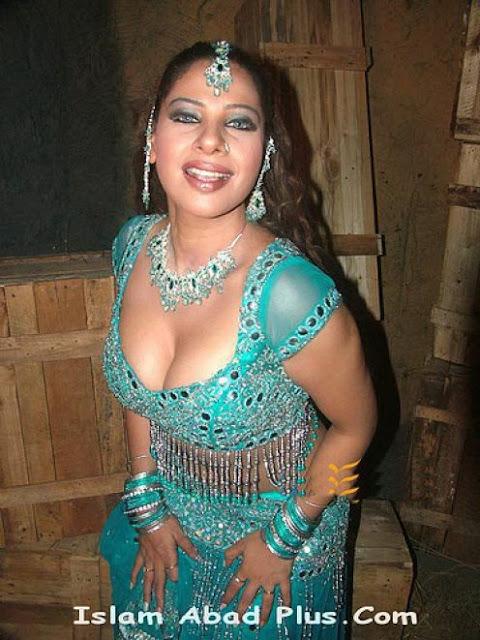 Pakistani Hot Mujra Girls Girl
