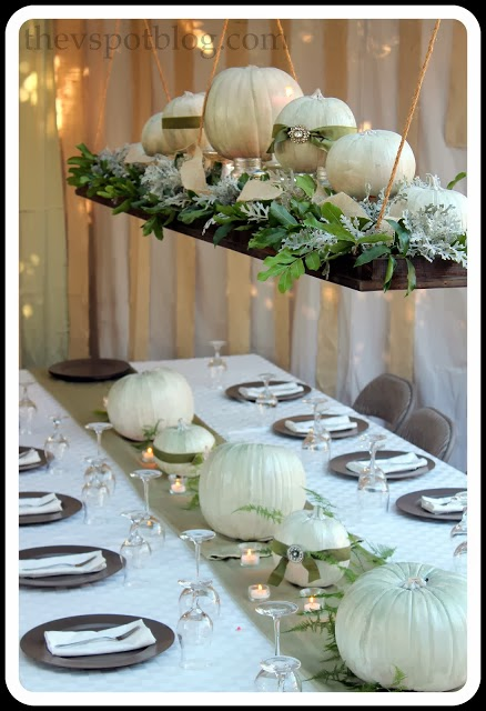 http://www.thevspotblog.com/2012/11/thanksgiving-wrap-up-dinner-and-decor.html#