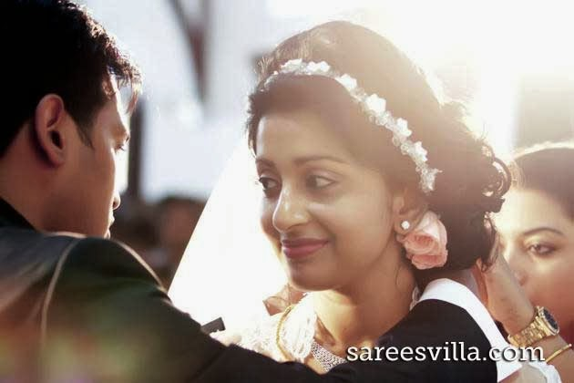 Meera Jasmine wedding with Anil John Titus