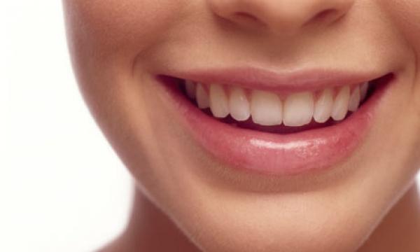Tips 10 Cara Cepat Putihkan Gigi Kuning Secara Alami Hlowbos