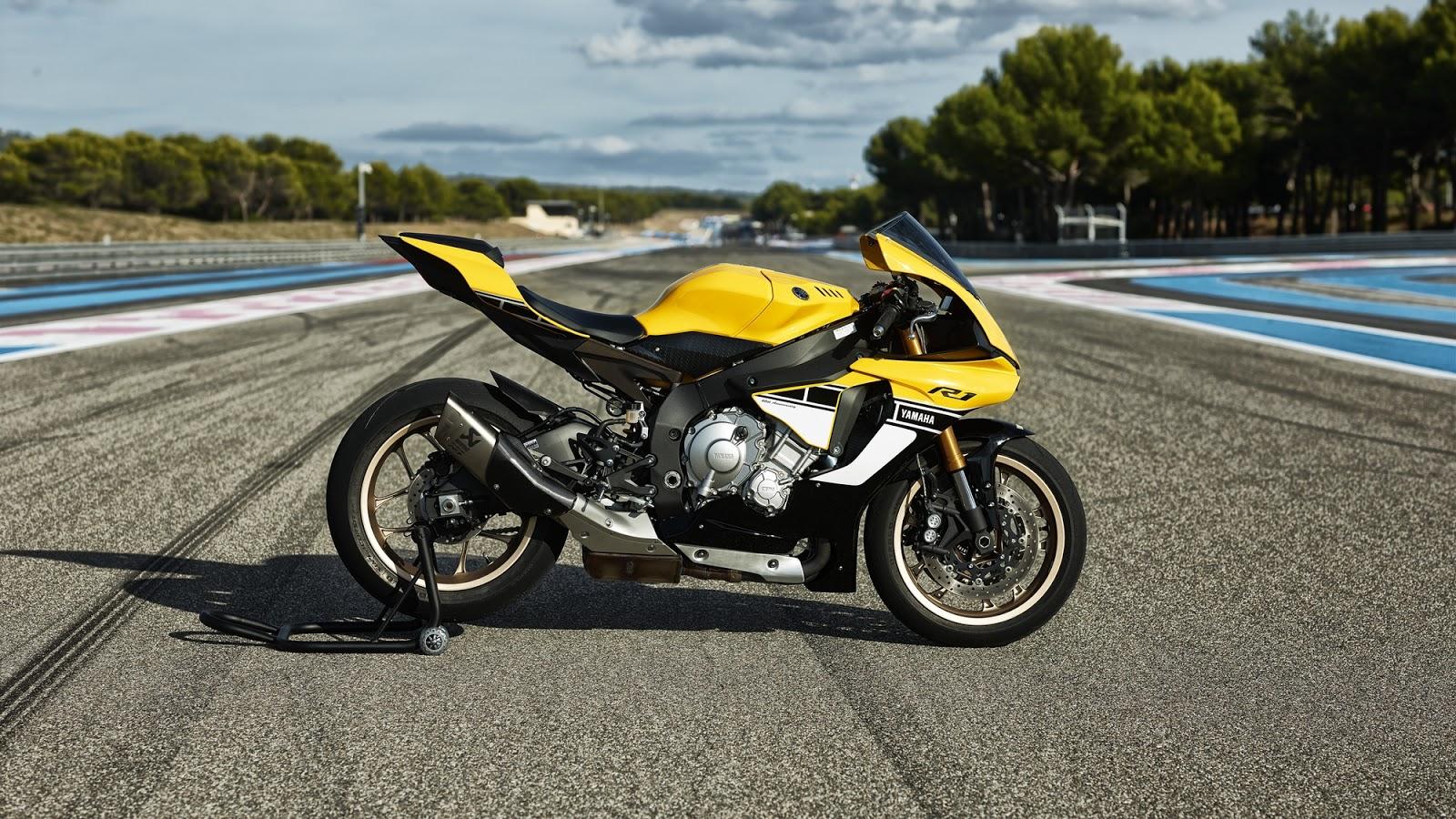 Racing Caf       Yamaha    YZF   R1    60th Anniversary 2016 Limited