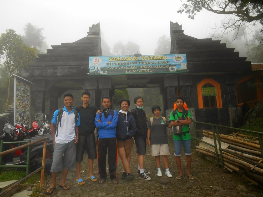 Gerbang Pendakian Via Cemoro Sewu
