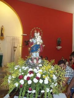 Imágens da Santa Missa e novena em honra a Nossa Senhora dos Impóssiveis