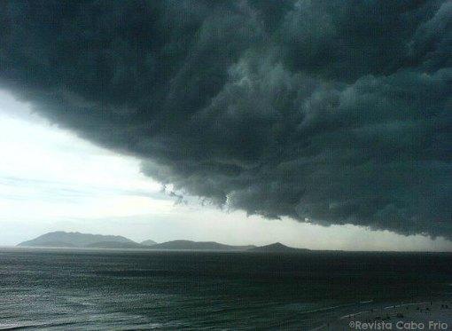 tempestade em Cabo Frio