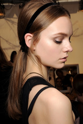 Fall/Winter 2011-2012 Hairstyle Trends-Valentino