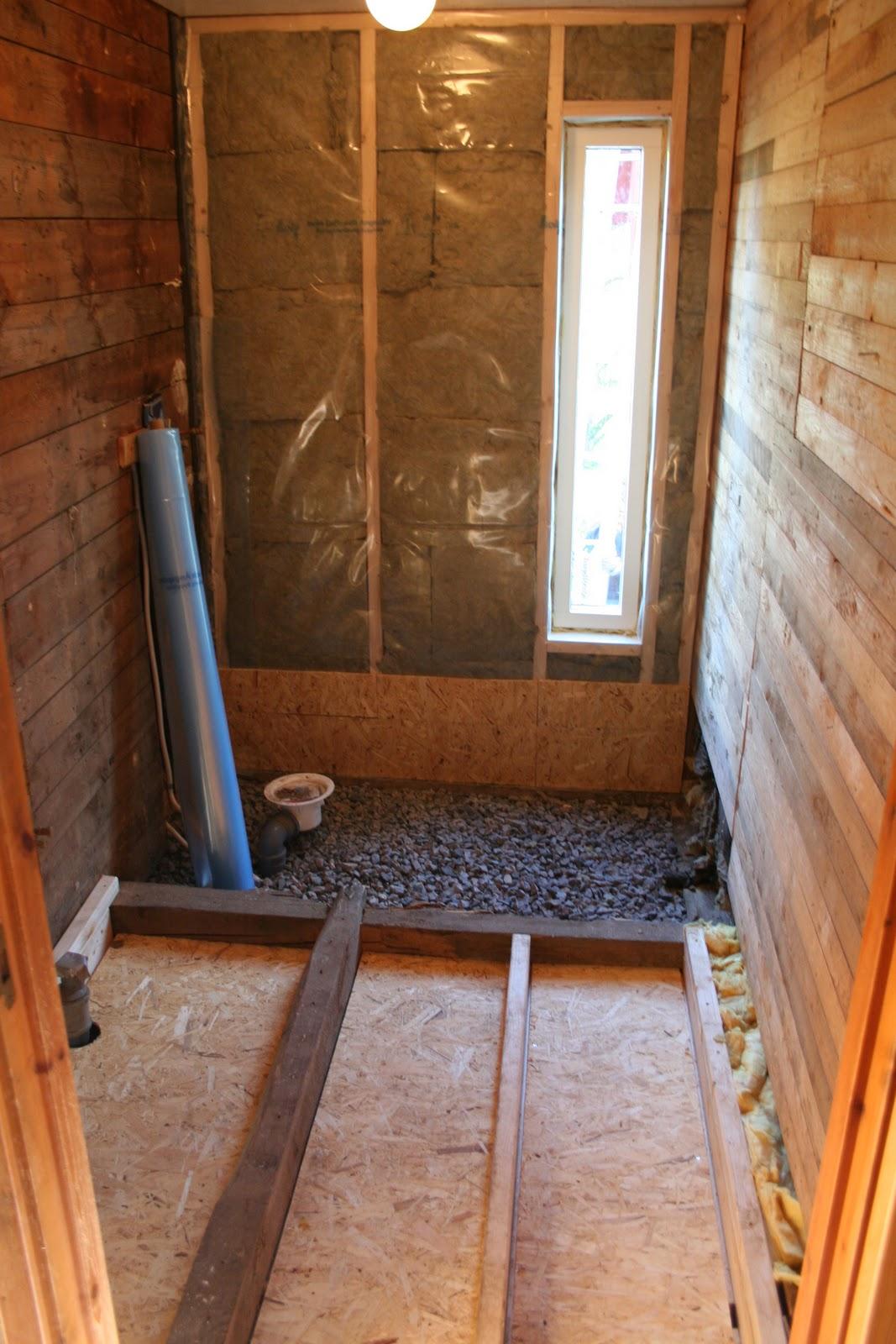 Troedstorp: Från hål i golvet till badrum