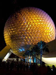 Walt Disney World Resort (Best Honeymoon Destinations In USA) 5