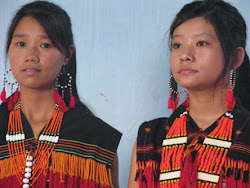 Zeliangrong girls in traditional costume