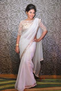 Anjali latest Glamorous pics in saree 047