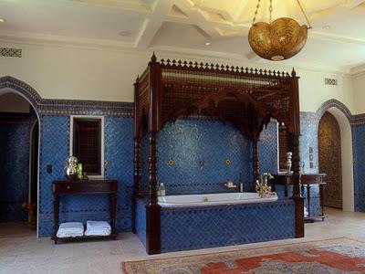 Meuble et decoration de salle de bain for Salle bain marocaine