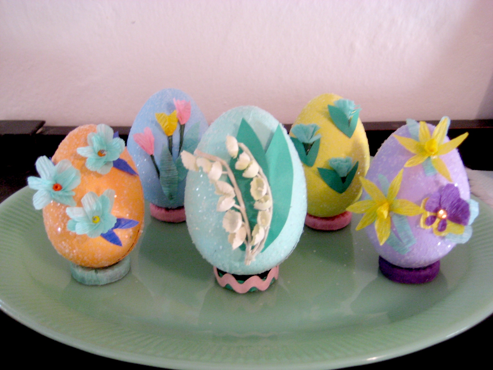 The snug bungalow easter craft