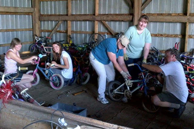 Canadians Donating Bikes To Africa Cycle Recycle was the