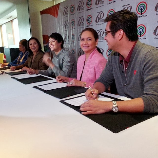 Enrique Gil renews contract with ABS-CBN