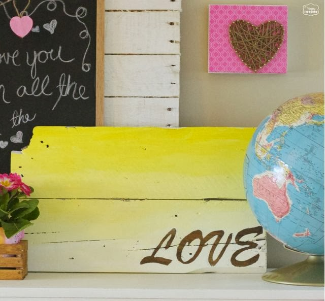 DIY Ombre Love Pallet Sign
