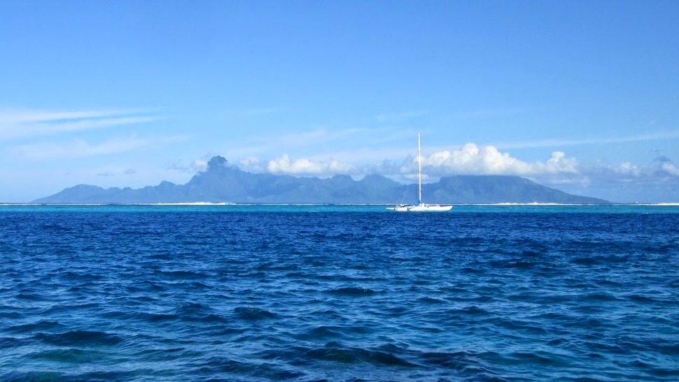Vue de Moorea sur la côte Ouest de Tahiti à Faa'a