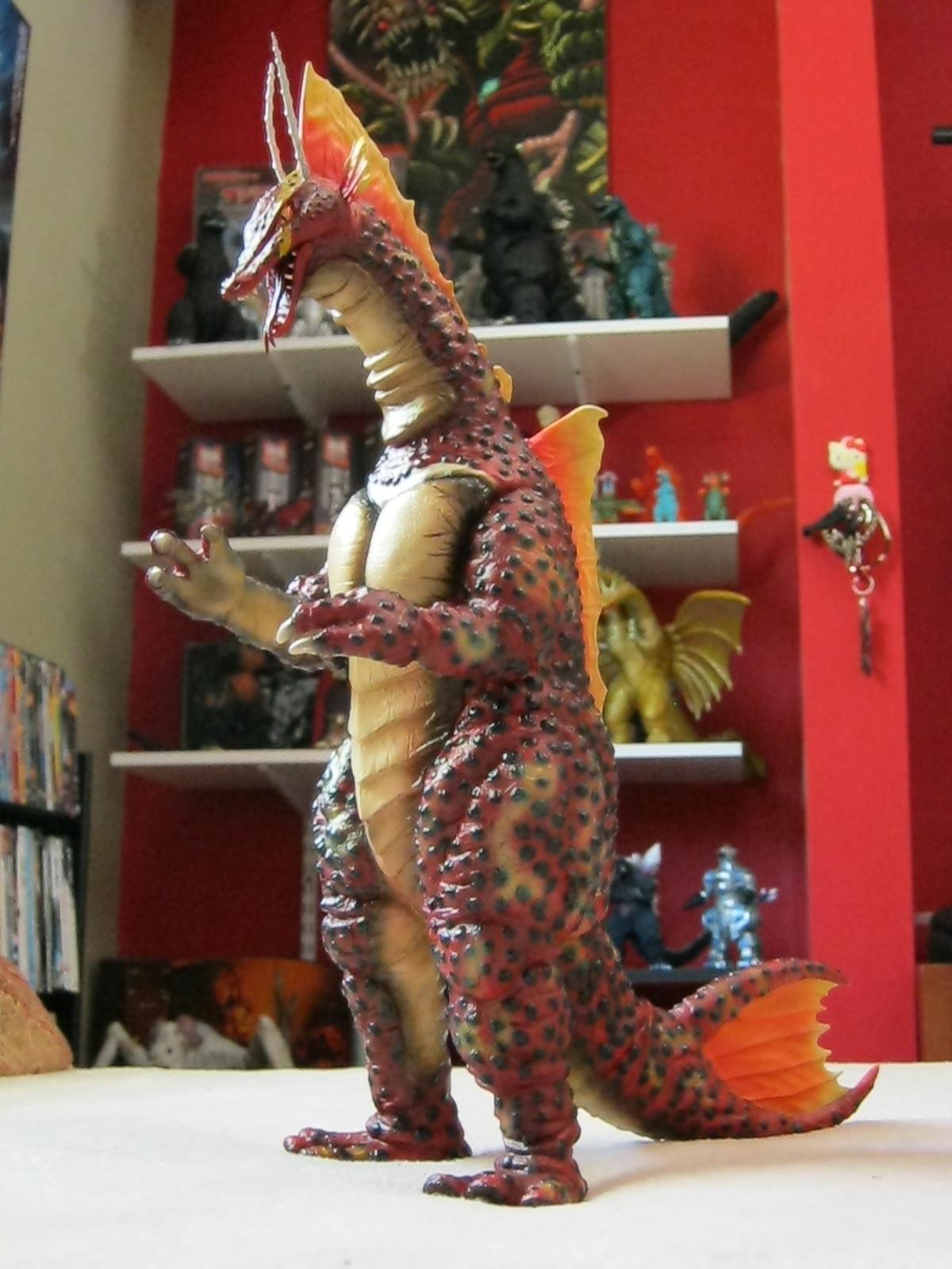 The Kaiju Planet  Kaiju Toy Review