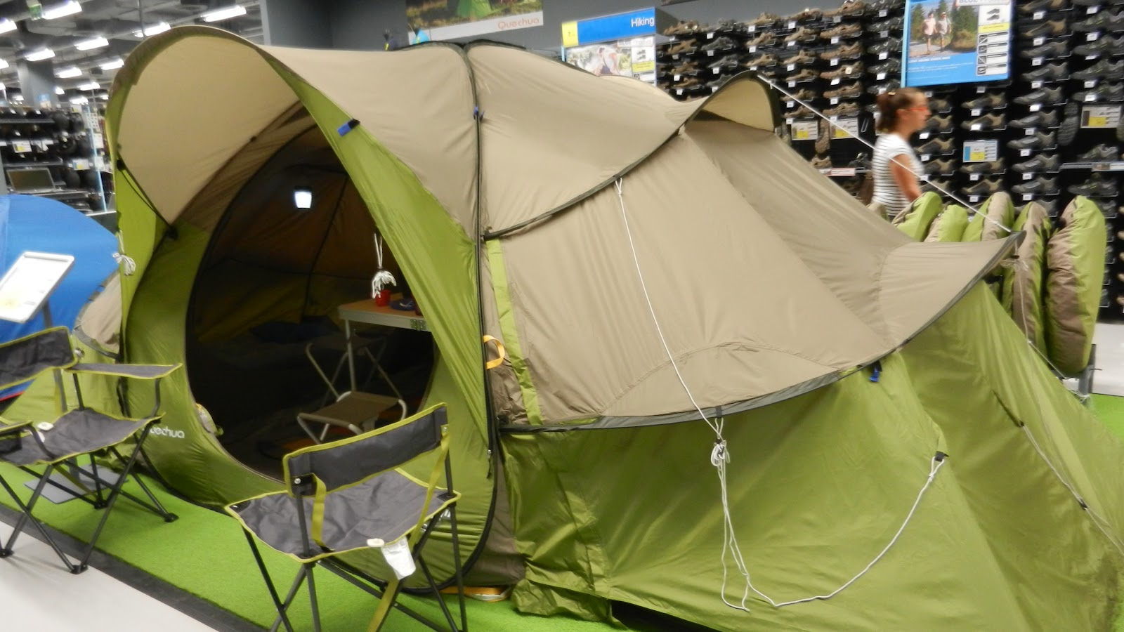 ... tents and all the equipment and gear used for c&ing. The weather is so pleasant now but when October begins it going to be fantastic weather ... & Kuweight 64: CAMPING TENT AT DECATHLON